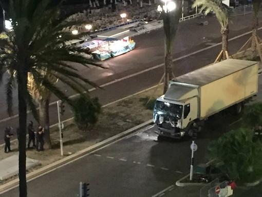Il camion bianco la sera della strage sulla Promenade