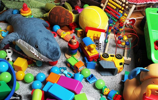 "Portateci i giocattoli usati"" - Montecarlonews.it"