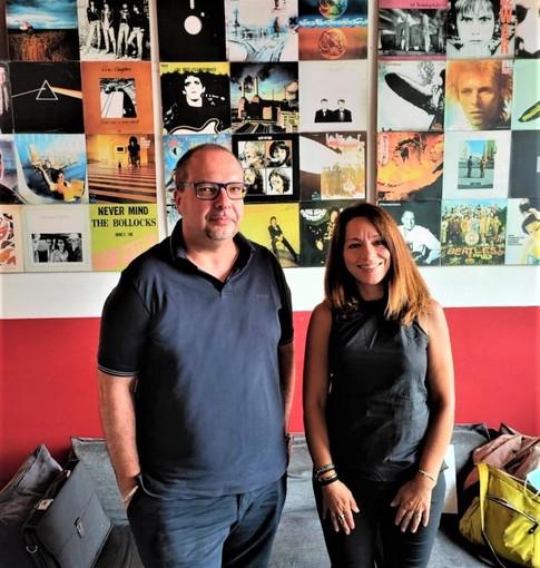 """Lo scrittore biellese Luca Stecchi dà vita ad """"Amianto"""", la poesia dedicata al papà scomparso VIDEO"""