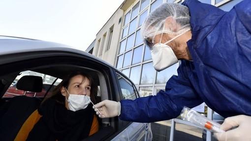 A Nizza distribuite due mascherine per abitante, ora entra in vigore l'ordinanza che le rende obbligatorie