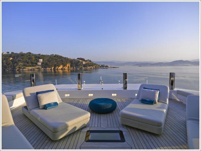 incontri a genova yacht
