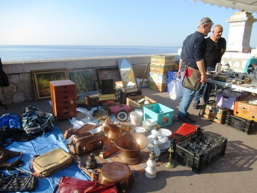 Tanti march la brocante questo week end in costa azzurra - Vide grenier port camargue ...
