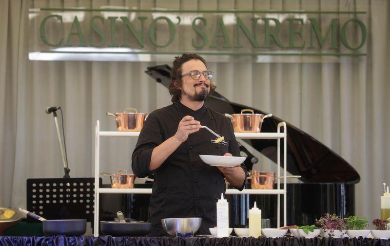 Tanti monegaschi innamorati del temporary restaurant ab for Ab il lusso della semplicita