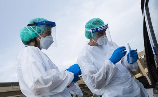 Coronavirus: calano i numeri in Costa Azzurra, nei prossimi giorni potrebbe essere ridotto il coprifuoco