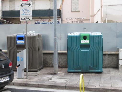 """""""Utilizzate di più i contenitori gialli"""", modificato a Nizza il sistema di raccolta dei rifiuti"""