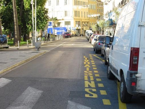 Parcheggi destinati alle livraisons a Nizza