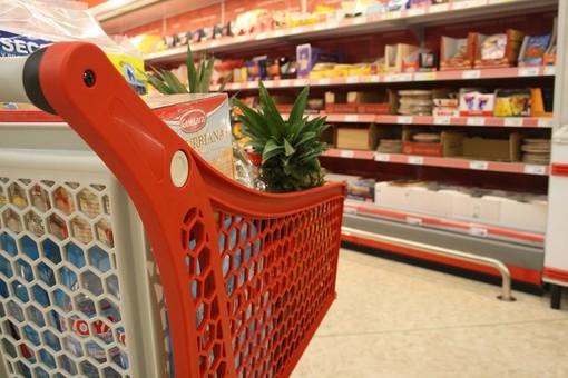 """Rivoluzione in supermercato: da febbraio si applica a pieno la """"Loi Nutella"""""""