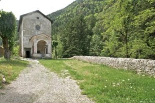 Notre Dame des Fontaines: la piccola Cappella Sistina in Valle Roja