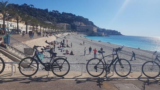 Biciclette, aria aperta e mare, foto di Ghjuvan Pasquale