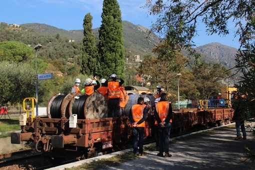 La Cuneo - Nizza a Breil sur Roya (foto tratte dalle reti sociali)