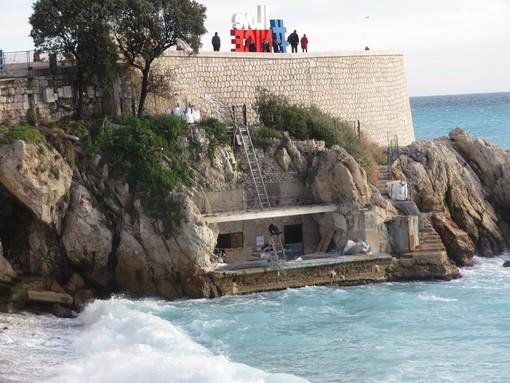 Bains de la police a Rauba Capeu a Nizza