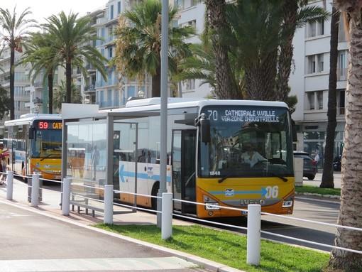 Bus sulla Promenade