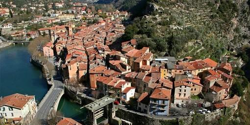 """Tre comunità della riviera francese, Sospel, Breil e Tenda, uniscono le forze per """"Piccole Città di domani""""."""
