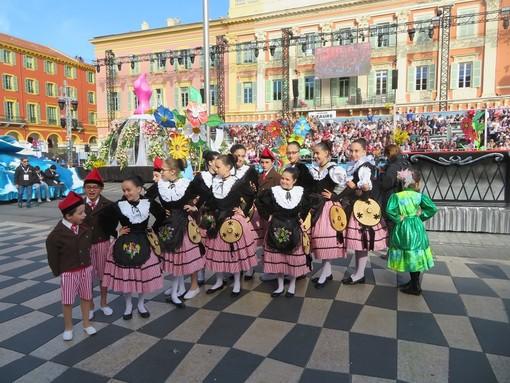 """Oggi la città incontra il """"suo"""" Carnevale. E' il momento della Parada Nissarda"""