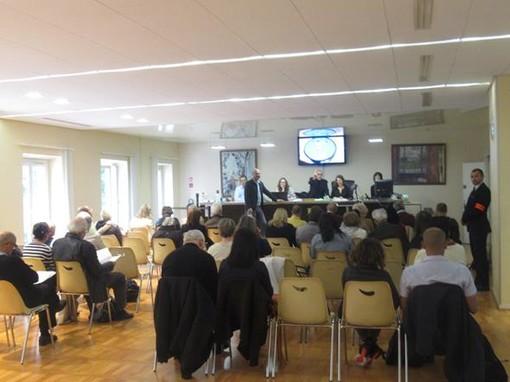 Giovedì 22 ottobre, il Crédit Municipal di Nizza organizza un'eccezionale asta giudiziaria di oro, gioielli e pelletteria di lusso