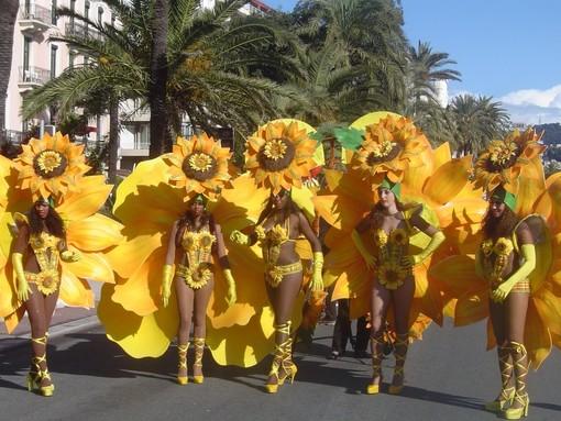 Cronaca e immagini dei carnevali di Nizza: riviviamo il …2010