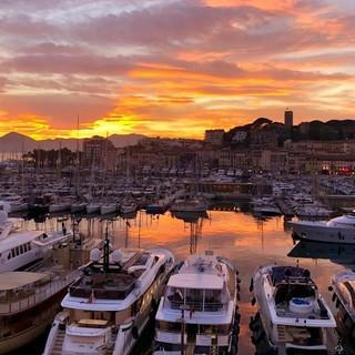 Cannes organizzerà il primo festival mondiale dell'Intelligenza Artificiale