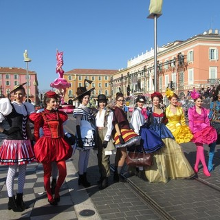 """Carnevale di Nizza 2022 """"Re degli animali"""" , aperte le selezioni per designare """"Conti e contesse"""""""
