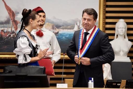 Il momento dell'investitura di Christian Estrosi a Sindaco di Nizza il 3 luglio 2020
