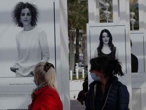 Promenade des Anglais, la mostra di Sylvia Galmot fotografie di Ghjuvan Pasquale