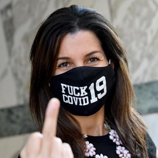 """100% Mask in Nice"""