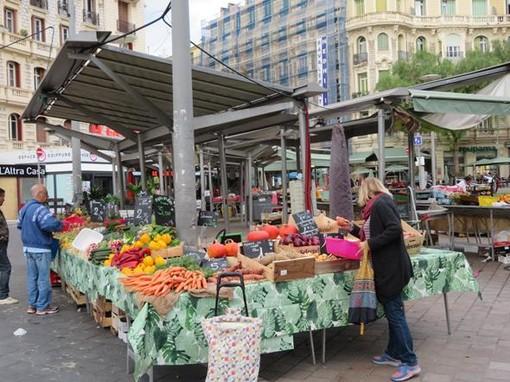 Mercato di Liberation a Nizza, ottobre 2019