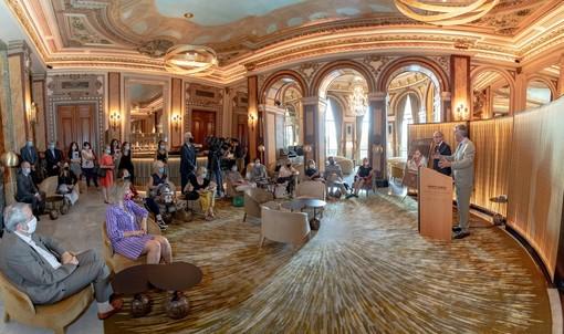 Cecilia Bartoli e i musicisti del principe Monaco in un concerto esclusivo sulla nuova Place du Casino