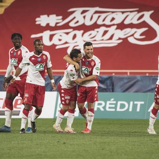 Gli atleti del Monaco festeggiano dopo la vittoria in Coupe de France (foto tratta dal sito dell'AS Monaco)