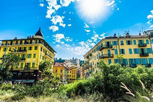 Scorcio del Viux Nice dalla Promenade du Paillon (ville de Nice)