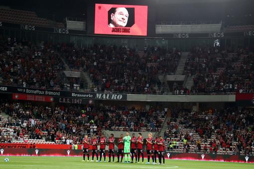 Nice e Lille rendono omaggio a Jacques Chirac (foto tratta dal sito dell'OGC Nice)