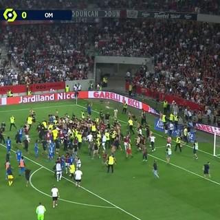OGC Nice - Marsiglia, gli incidenti in campo (Twitter)