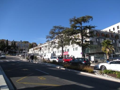 L'ingresso alle urgences del Pasteur a Nizza