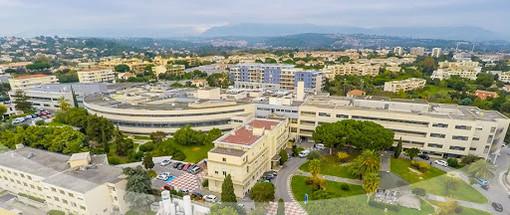 Il centro ospedaliero di Antibes