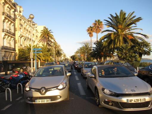 A Nizza dal 2024 addio ai veicoli diesel del 2001 ed a quelli a benzina del 1997
