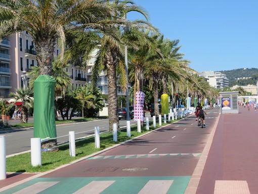 Nizza, pista ciclabile sulla Promenade