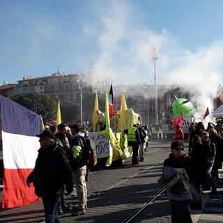 La manifestazione dell'11 gennaio 2020 in Place Massena (foto di Nicole Geron)