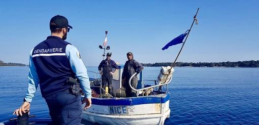 Controlli a mare della Gendarmerie (Twitter)