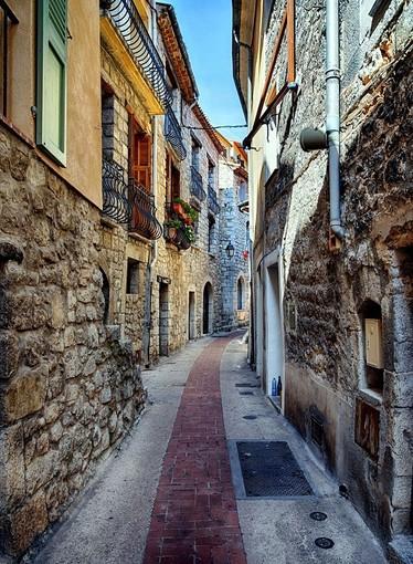 """""""I colori del villaggio"""" di Franco Magnetto"""