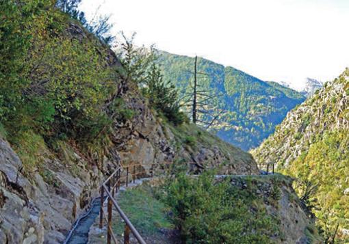 """Una passeggiata nell'Arrière pays col """"Rando Bus"""": Vallée de Haute & Moyenne Tinée"""