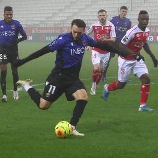 Reims - Nizza, una fase di gioco (foto tratta dal sito dell'OGC Nice)