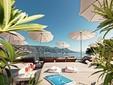 Foto 5: Crogiolarsi al sole sulla terrazza o su una sedia a sdraio, con un unico orizzonte, il mare ...