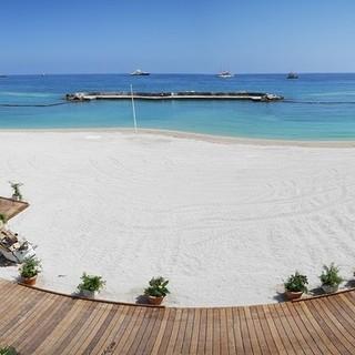 Sabato 4 luglio si torna a fare il bagno alla spiaggia del Larvotto nel Principato di Monaco