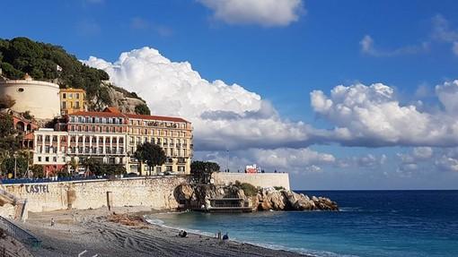 Spiaggia di Nizza, fotografia di Ghjuvan Pasquale