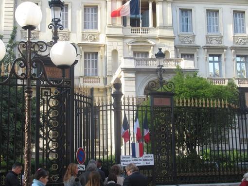 Un seggio elettrale in Rue de France a Nizza