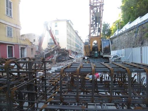 Rue Ségurane: il palazzo demolito dove sorgerà il nuovo hotel (foto di archivio)