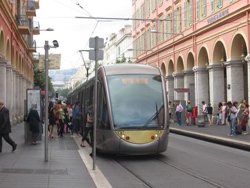 Nizza, il tram della Ligne 1