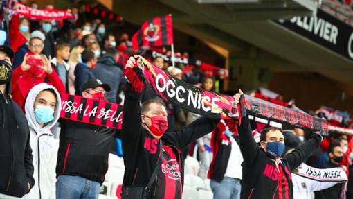 Tifosi del Nizza (foto tratta dal sito dell'OGC Nice)