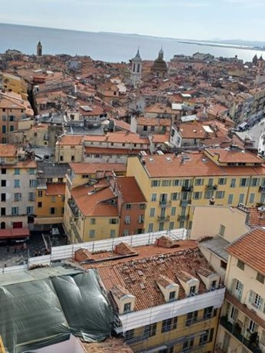 """""""Tetti di Nizza"""", fotografie di Rosi Barisione"""