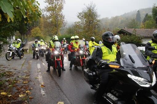 Motogiro bagnato e nebbioso, con imprevisto, per  la Bianco Moto