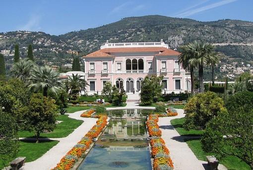 Riapre oggi la bellissima Villa Ephrussi, il gioiello della Belle Époque della Costa Azzurra